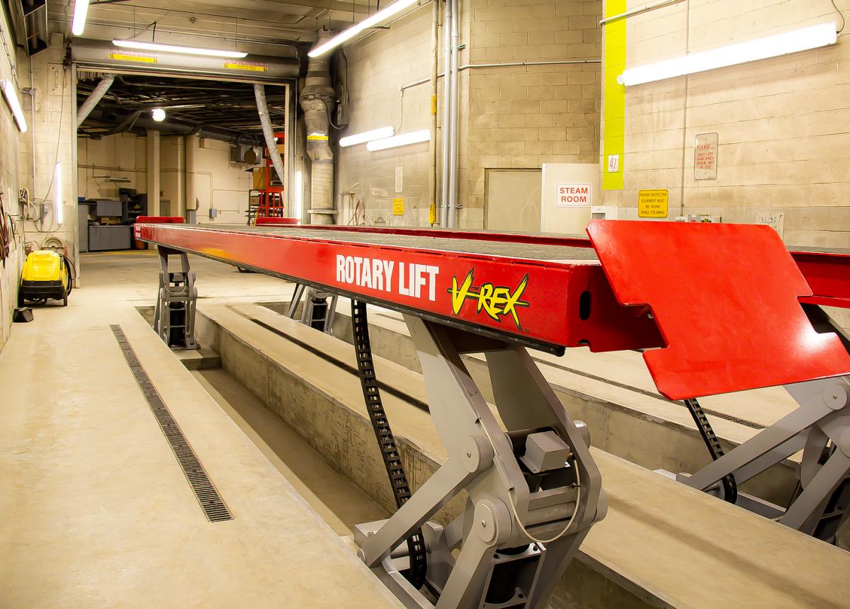 Calgary Transit Anderson Garage 02